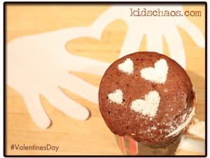 KidsChaos-Valentines-Day-Hands-Heart-cake