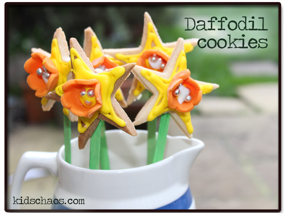 daffodil biscuits