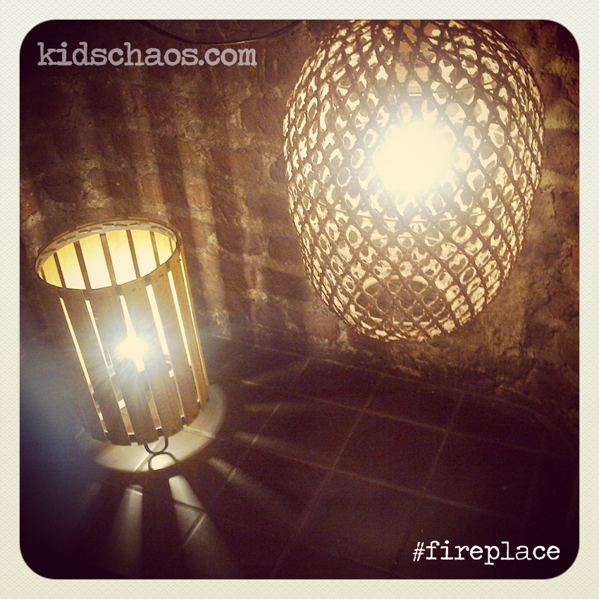 Kids-Chaos-PhoRestaurant-Fireplace