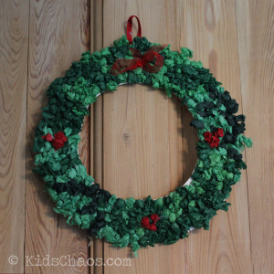 Tissue-Paper-Plate-Wreath--Front-KidsChaos