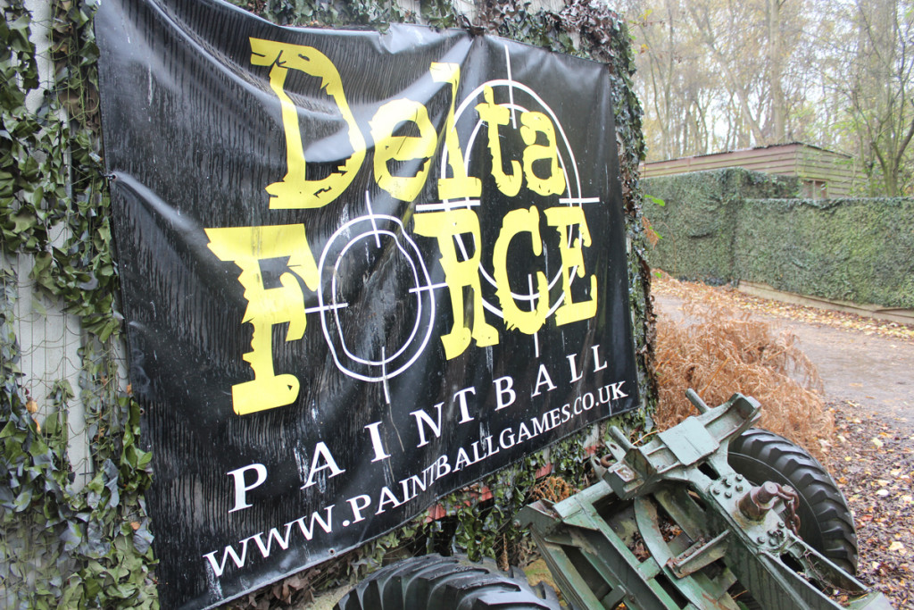 paintballing-KidsChaos-DeltaForce_entrance
