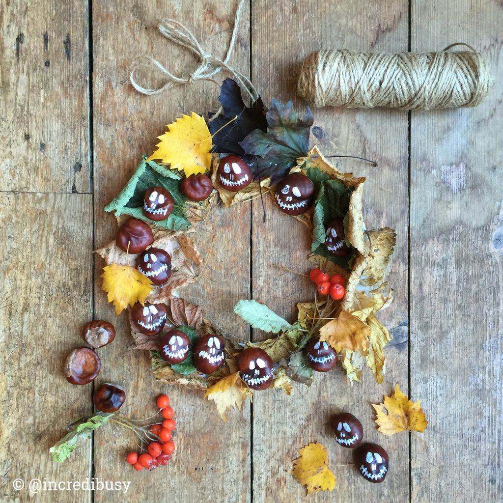 How to make a Halloween Leaf Wreath