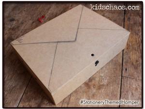 KidsChaosBookHamper-stationery-theme-front