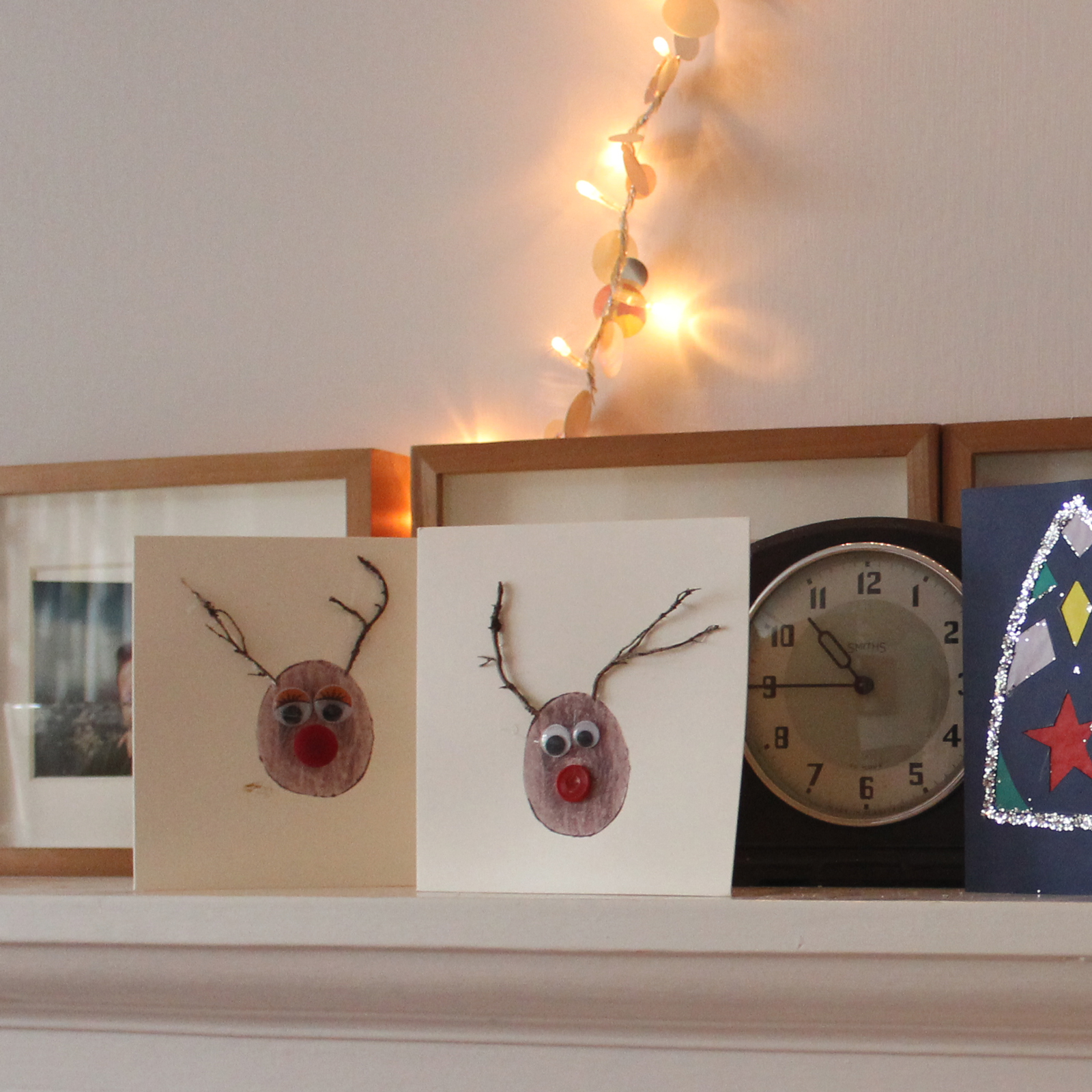 rudolph-reindeer-christmas-cards-button