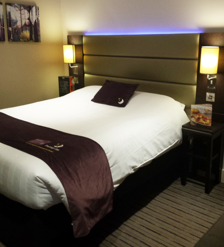 Premier-Inn-Review-Bedroom