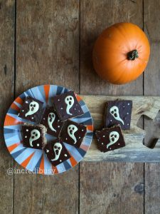 pinterest-ghostly-flapjacks